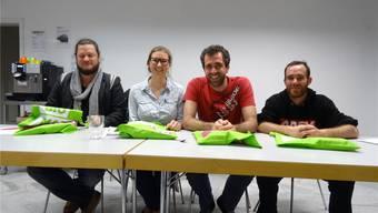 An der GV der Oltner Grünen (v.l.): Beni Lehmann (Schutzfaktor M), Anna Engeler (grüne Olten), Raphael Schär (Restessbar und Neumitglied Vorstand), TobiasSimon Vega (Garten für alle). Trudi Stadelmann