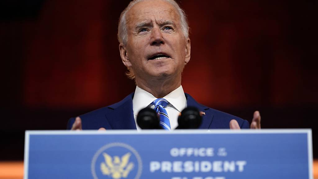 Biden will Trumps China-Zölle vorerst beibehalten