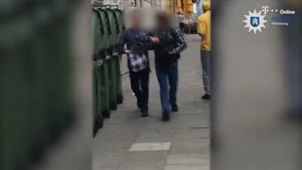 Mit diesem Video hat die Polizei Hamburg nach dem mutmasslichen Aargauer Krawallmacher gesucht.