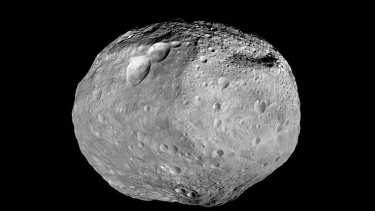 """Der Asteroid """"2000 QW7"""" fliegt in der Nacht auf Sonntag an der Erde vorbei. Mit 370 Metern Durchmesser ist er aber ein Leichtgewicht. Vesta (Bild) als zweitgrösster Asteroid im Asteroidengürtel misst 516 km im Durchmesser (Symbolbild)"""
