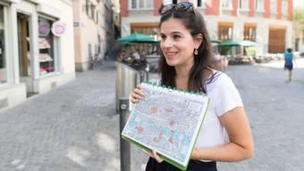 Die selbstständige Stadtführerin Nicole Dreyfus hat sich bei ihren Rundgänge auf das mittelalterliche Zürich und die Baugeschichte des 19. Jahrhunderts spezialisiert.