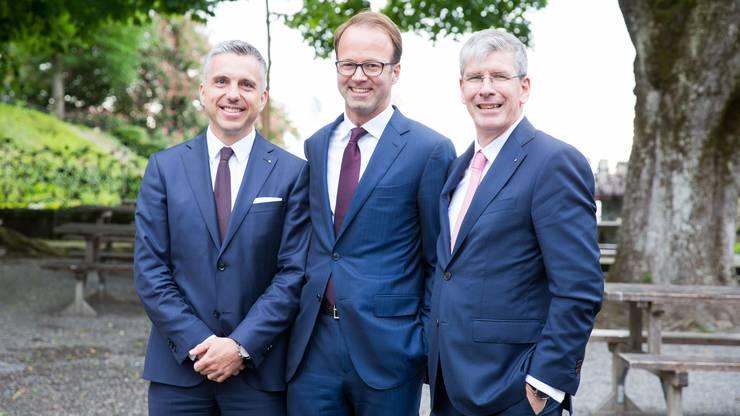 Chief Executive Officers unter sich (von links): Pascal Koradi (CEO Aargauische Kantonalbank), Axel Wüstmann (CEO AZ Medien) und Roland Herrmann (CEO Neue Aargauer Bank).
