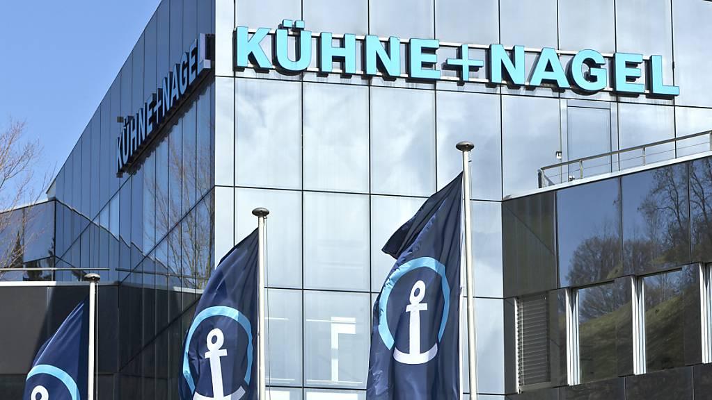 Das  Logistikunternehmen Kuehne + Nagel hat im zweiten Quartal von einer hohen Nachfrage proftiert. (Archiv)