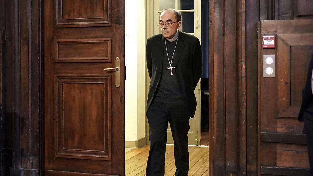 Katholischer Oberhirte Frankreichs tritt zurück