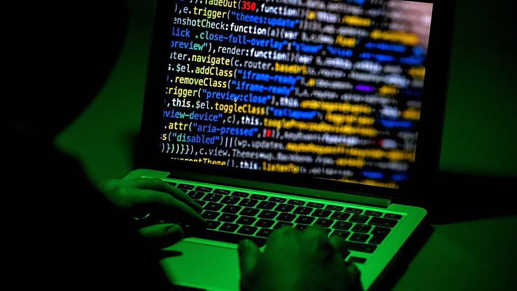 Schlag gegen das Darknet: das BKA in Wiesbaden verkündet den Erfolg einer länderübergreifenden Razzia.