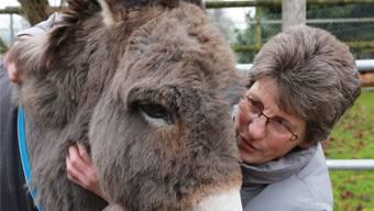 Edith Müller aus Grasswil ist Stiftungsrätin der Stiftung «Esel in Not».