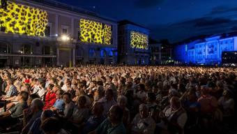 """Nach der gut besuchten """"Gotthard""""-Premiere am Dienstagabend steht die Piazza Grande in Locarno ab heute Abend im Zeichen des 69. Filmfestivals."""
