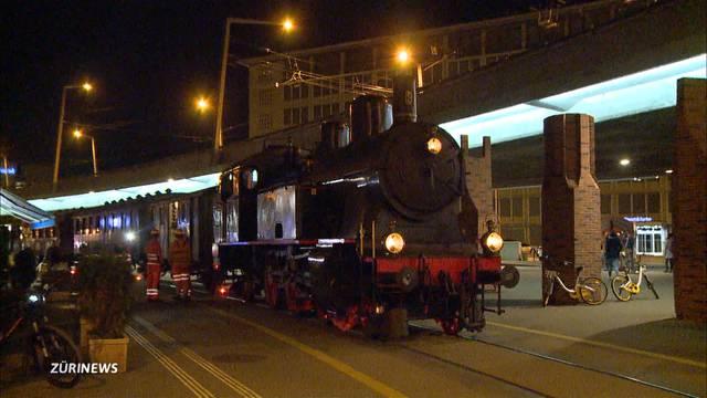 Teure Geburtstagsparty: Mit der Dampflok mitten durch Zürich