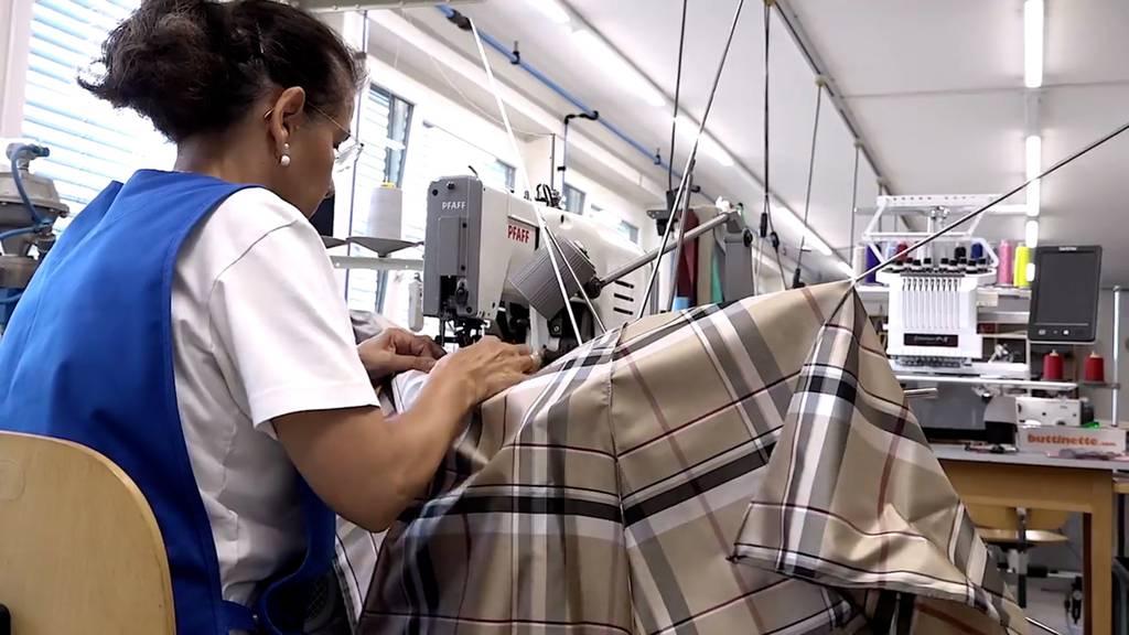 In Uznach steht die einzige Schirmfabrik der Schweiz