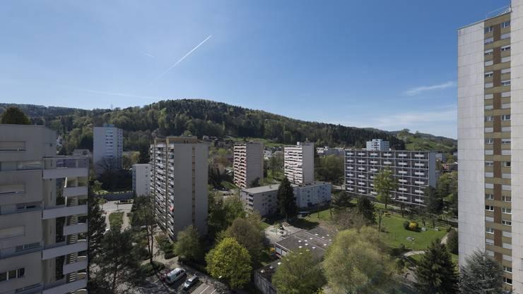 Wer an Hochhausviertel denkt, hat automatisch das Bild von Wohntürmen und grauem Beton vor Augen.