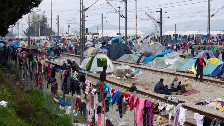 Das Zeltlager in Idomeni erstreckt sich über mehrere Kilometer. Rafaela Roth/watson