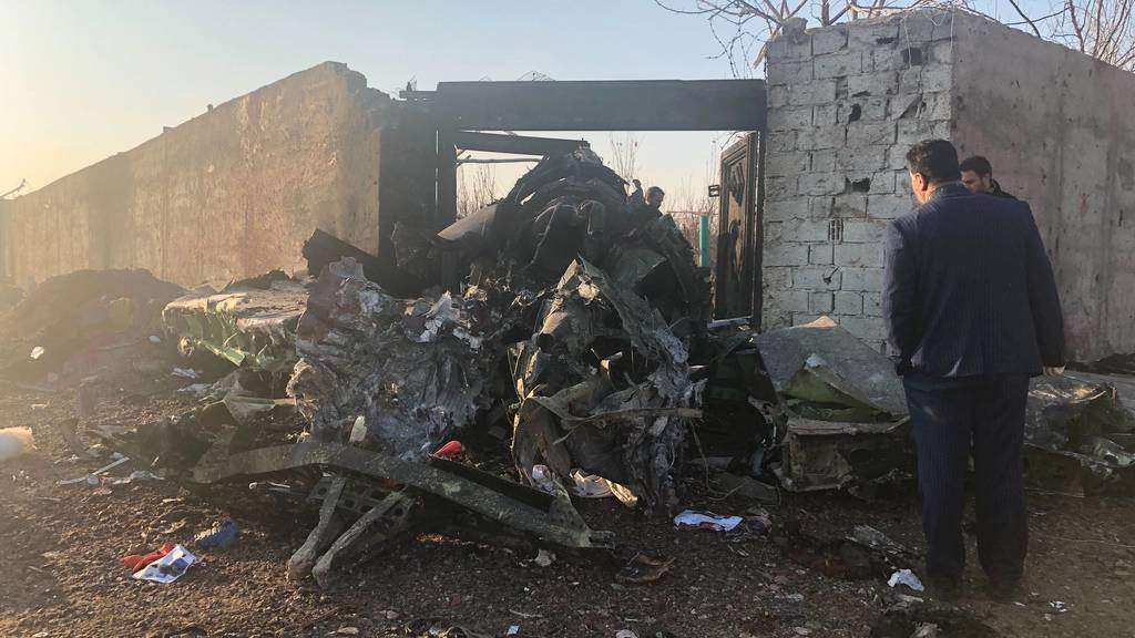 Ukrainisches Passagierflugzeug nahe Teheran abgestürzt – alle Insassen tot
