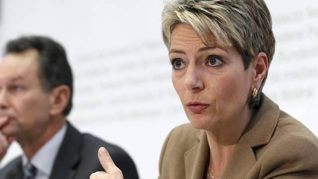 Die St. Galler Regierungsrätin Karin Keller-Sutter an dem Medienkonferenz in Bern