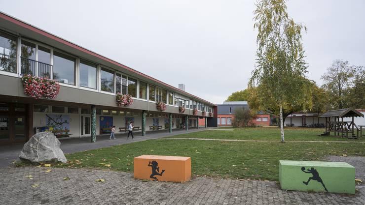 Die Situation an der Schule Windisch ist unübersichtlich, auch weil die CVP verantwortungslos gehandelt hat. (Im Bild: Die Schulanlage Dohlenzelg)