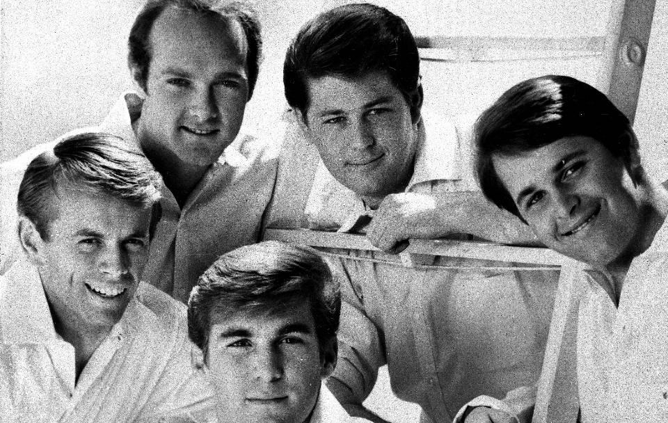 Die Beach Boys mit ihrem Lied Heroes And Villains aus dem neu erscheinenden Album Smile