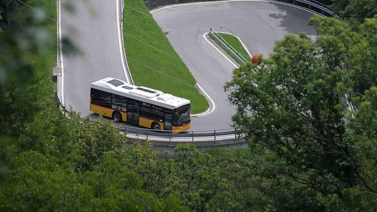 Das Bundesamt für Verkehr weitet die Untersuchung zu Subventionschummeleien bei Postauto aus, auch auf die Jahre vor 2007. (Symbolbild)