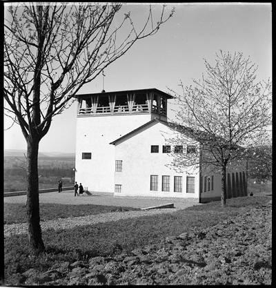 Die reformierte Kirche auf dem Bollerai in Birmenstorf, drei Jahre nach der Weihe (1939).
