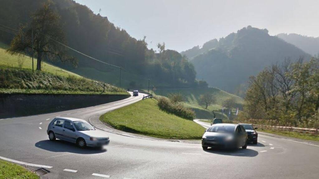 Die Renggloch-Strasse zwischen Malters und Kriens soll für 53 Millionen Franken erneuert werden und auch einen Kreisel erhalten.
