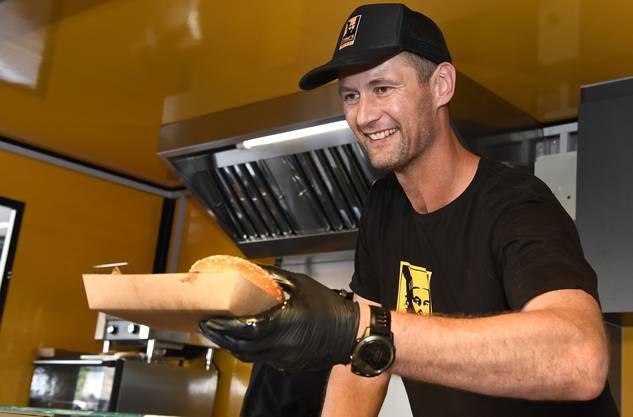 Martin Prachar ist auch in seinem Foodtruck Tanzleiter.