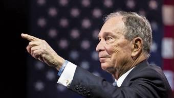 New Yorks Ex-Bürgermeister Michael Bloomberg glaubt nicht an die Fähigkeiten seiner demokratischen Konkurrenten.