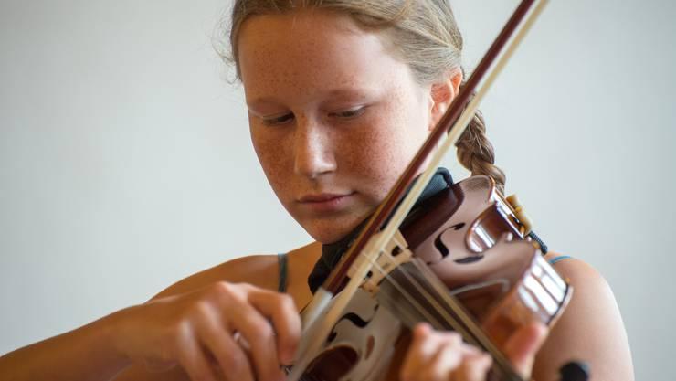 Livia Winistörfer, Violine