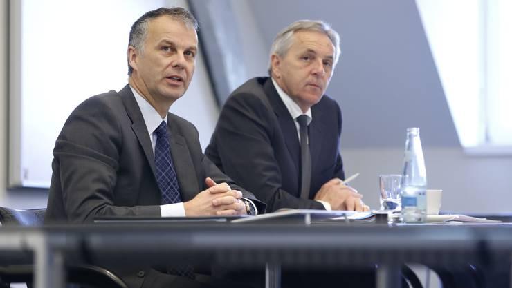 v.l.: Regiobank-Ceo Markus Boss und Verwaltungsratspräsident Felix Leuenberger an der Pressekonferenz