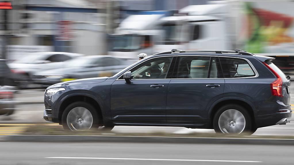 Der der zur chinesischen Geely-Gruppe gehörende Autobauer Volvo ist auf Erfolgskurs. Im ersten Halbjahr haben die Schweden sogar mehr Umsatz erzielt als vor der Coronakrise. (Archivbild)