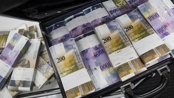 Die italienischen Steuerbehörden verlangen mittels einer Gruppenanfrage die Daten von italienische UBS-Kunden mit unversteuerten Geldern. (Symbolbild)