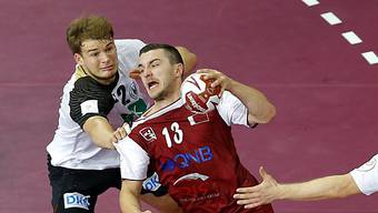 Der Katari Memisevic (rechts) setzt sich gegen Drux durch