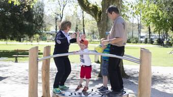 In Basel entsteht ein Spielplatz für Grosi und Enkelkind