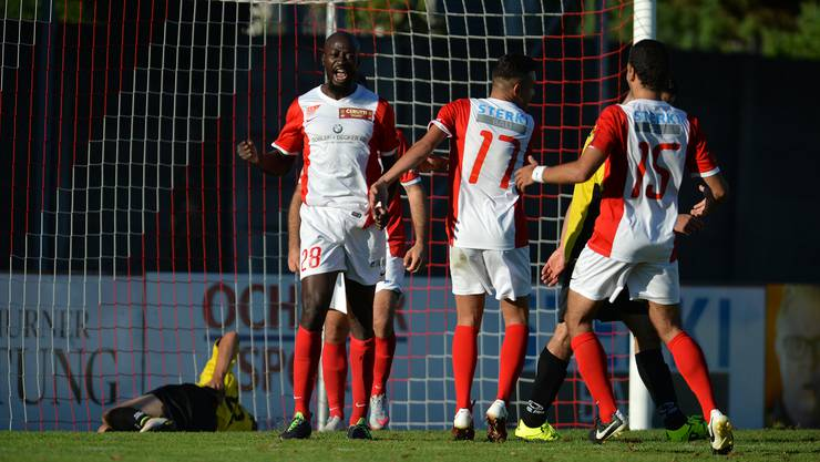 Garra Dembélé (l.) schoss beim knappen 3:2-Sieg gegen Zug zwei Tore.