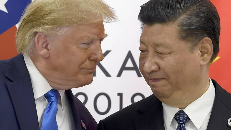 Der Handelsstreit zwischen den USA unter der Führung von US-Präsident Donald Trump kostet das Reich der Mitte unter Präsident Xi Jinping viele Milliarden. (Archivbild)