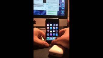Zum Geburtstag gabs für das alternde iPhone kabellose Kopfhörer – und siehe da: «Es funktioniert!»