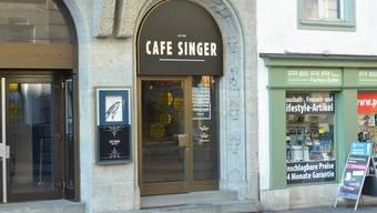 Der Eingang des Café Singer