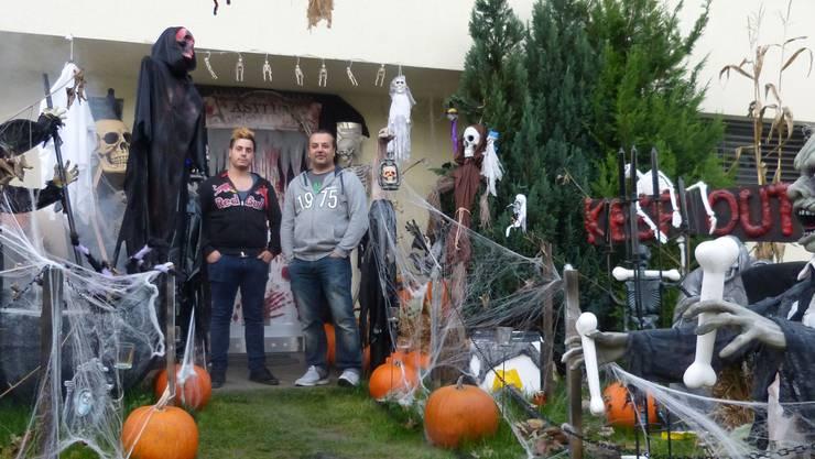 Schaurig-schön: Halloween-Anlage der Familie Stefano.