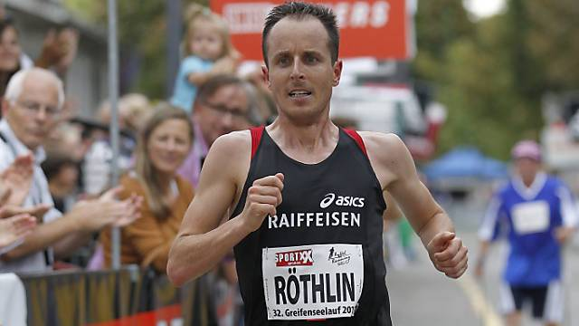 Viktor Röthlin verpasste in New York die Top Ten nur knapp (Archiv)