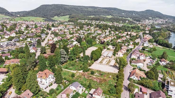 Das Baumschul-Areal liegt zwischen Alter Stockstrasse (l.) im Norden und der Bibersteinerstrasse im Süden. Bild: Sandra Ardizzone (10.9.19)