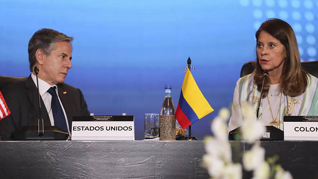 Kolumbien: Blinken sagt Ländern Mittel für Aufnahme von Migranten zu