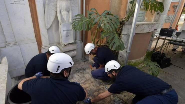 Auf der Suche nach den Überresten der vor 36 Jahren verschwundenen Tochter eines Vatikan-Angestellten, Emanuela Orlandi, waren am Donnerstag die Gräber von zwei deutschen Prinzessinnen geöffnet worden. (Archivbild)
