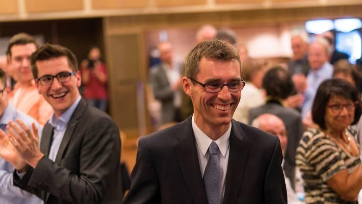 Lukas Pfisterer im April 2017 nach der Wahl zum Aargauer FDP-Präsidenten und Nachfolger von Matthias Jauslin.