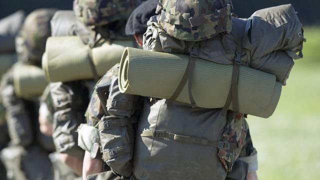 Im Militärdienst werden Herkunftsunterschiede schnell aufgehoben (Archiv)