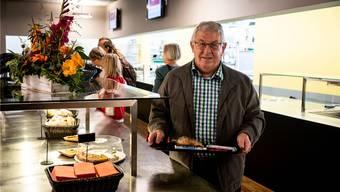 Das Restaurant Hans und Heidi der Integra schätzt Stiftungsratspräsident Josef Brunner besonders, weil es ein Ort ist, wo Hemmschwellen abgebaut werden.