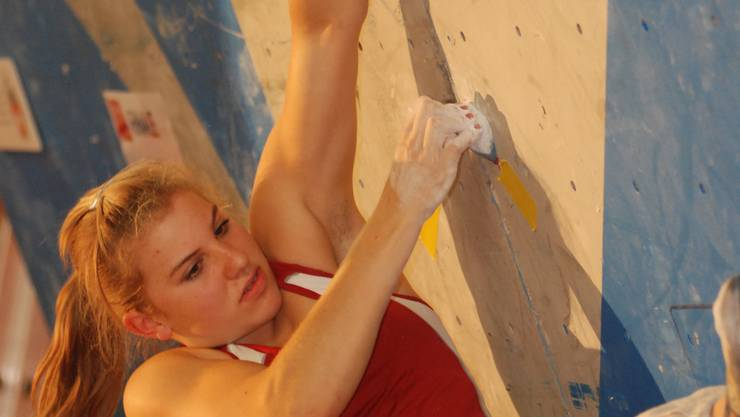Ränge 30 (Boulder) und 21 (Speed) an der WM – Petra Klingler auf dem Weg nach oben.