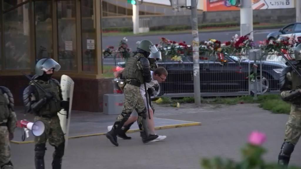 Belarus lässt überraschend Gefangene frei
