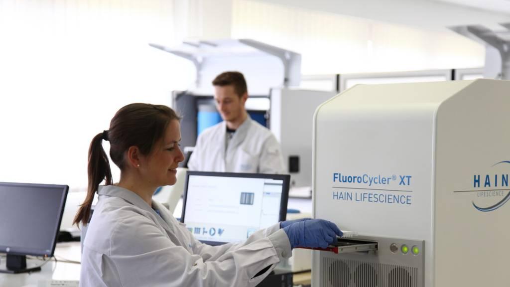 Kantonsspital verspricht schnellere Corona-Testresultate
