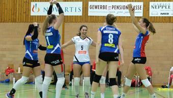 Die Spielerinnen von Sm'Aesch Pfeffingen hatten beim Europacup-Spiel gegen Hämeenlinna allen Grund zur Freude.