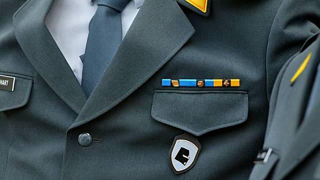 Schweizer Militäruniform (Archiv)
