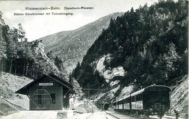 Die Station Gänsbrunnen mit Tunneleingang.