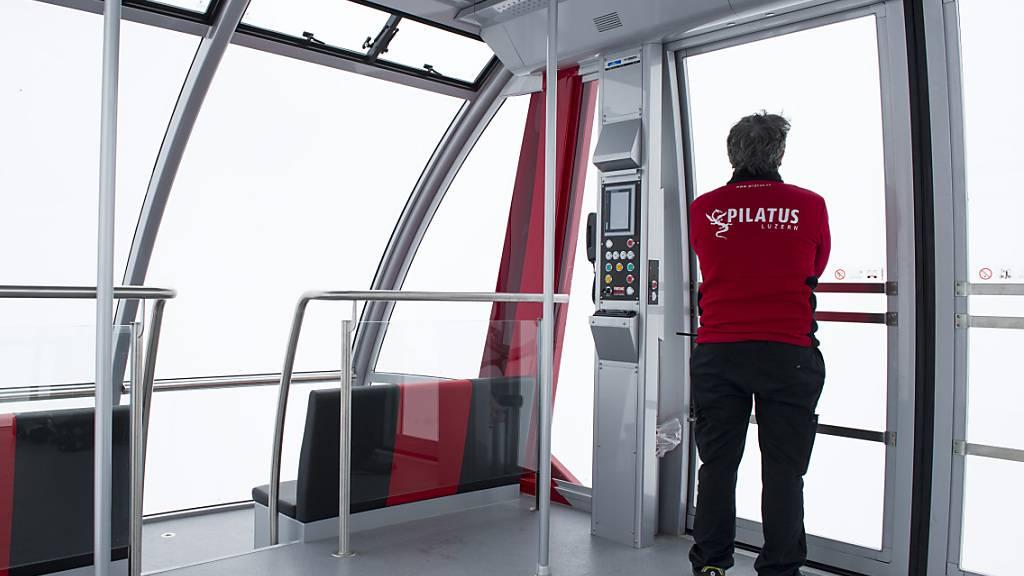 Die Pilatus-Bahnen haben 2020 viel weniger Gäste auf den Berg transportiert. (Archivbild)