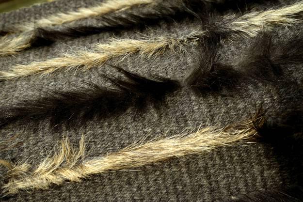 Ausschnit aus Teppich aus Wolle und Ziegenhaar